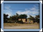 Maison multicole au Botswana