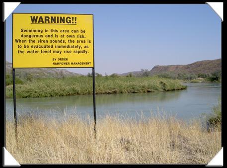 Potos ruacana falls chute eau namibie